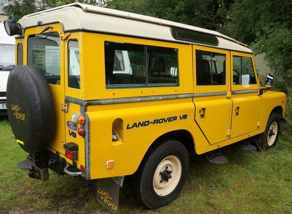 series 3 land rover v8 for sale land rover car. Black Bedroom Furniture Sets. Home Design Ideas